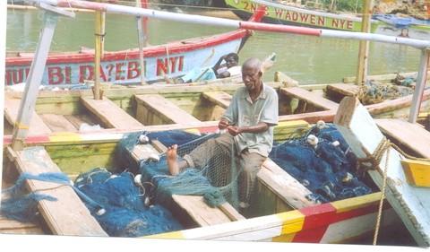 Ghana: Fishermen swear oath against illegal fishing methods