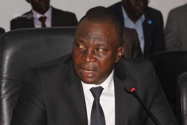 Abidjan ministre Adjoumani