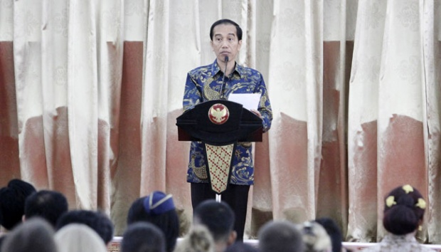 Indonesia : Illegal Fishing is International Crime - Jokowi