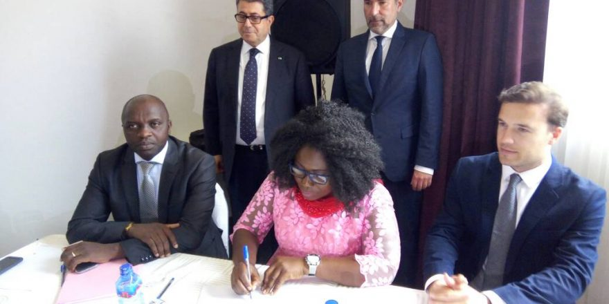 Ghana - Minister for Fisheries & Aquaculture Development, Elizabeth Naa Afoley Quaye signing an MoU