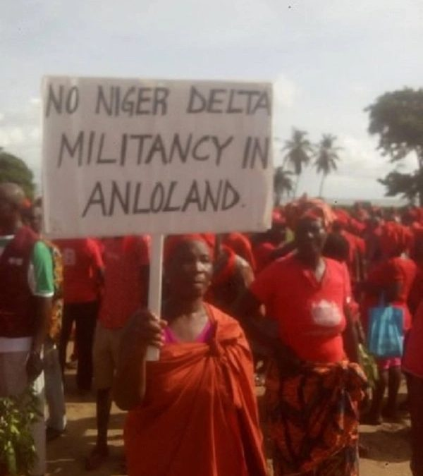 Ghana, Keta basin protest - Some angry residents in protest