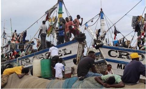 ghana fishermen at sea