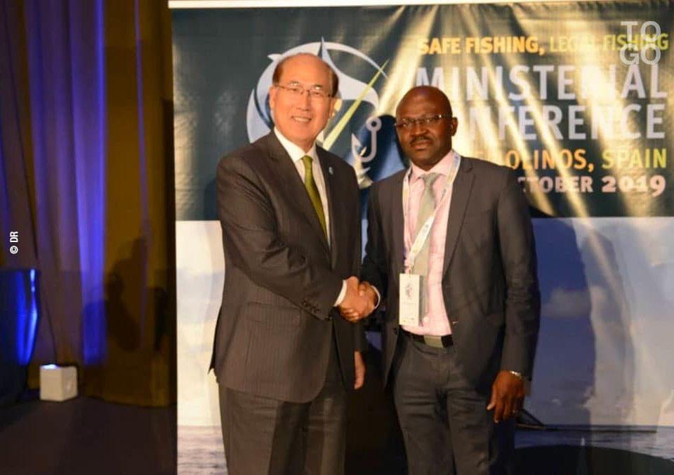 Kitack Lim, secrétaire général de l'OMI et Hubert Bakaï