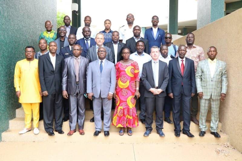 Photo de groupe - Formation des inspecteurs de pêche- Côte d'Ivoire