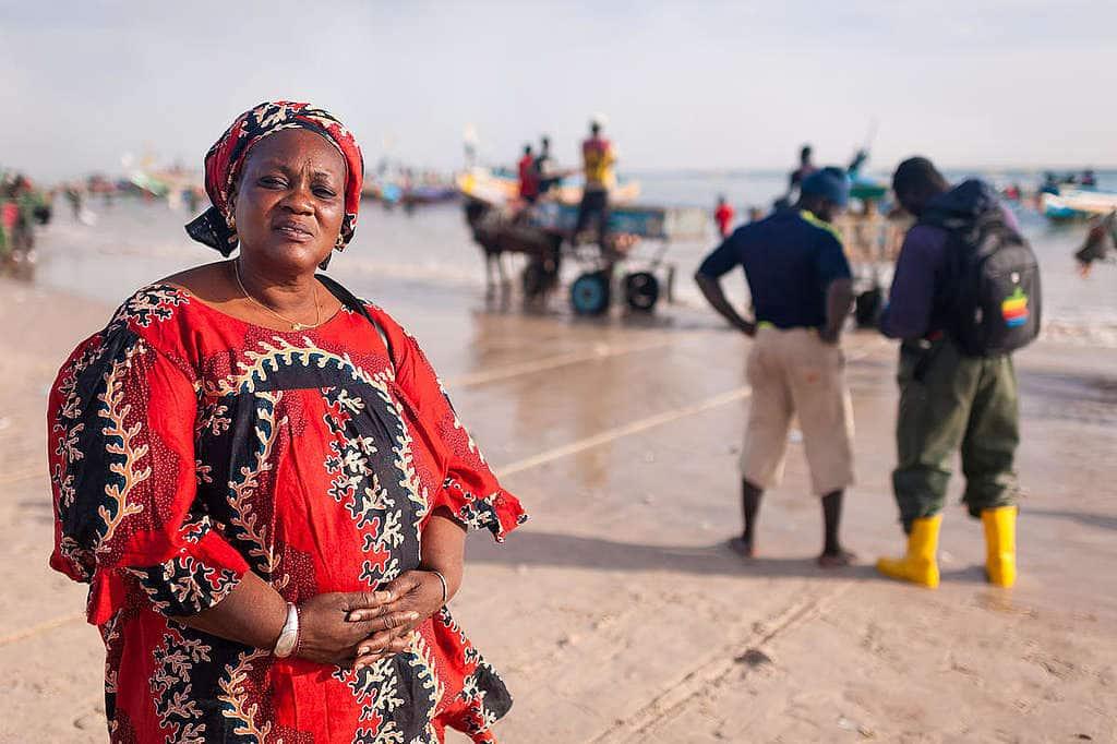 Fatou Samba, the president of of female fish processors from Khelcom. © Clément Tardif / Greenpeace