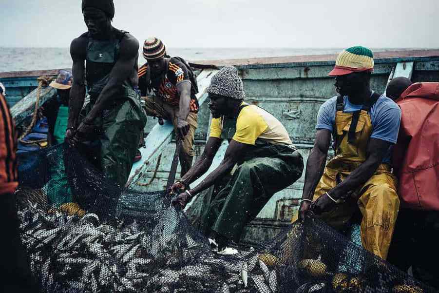 West African Small-scale Local Fishermen -© Liu Yuyang / Greenpeace