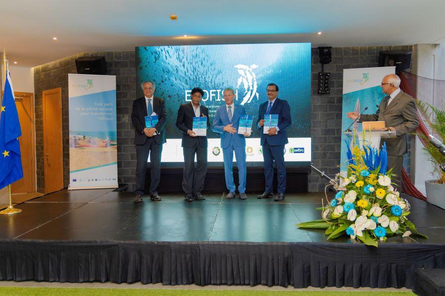 Mauritus - Group photo of Ecofish lauching ceremony