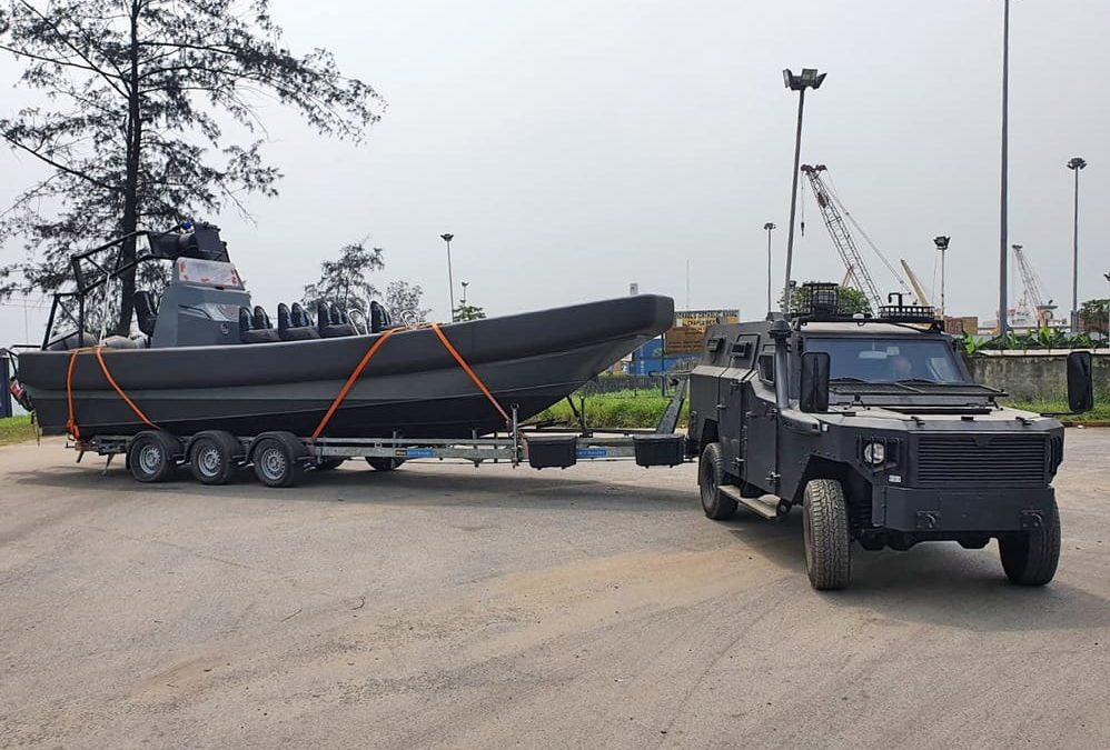 A De Haas Maasluis DHM 1050 in Nigeria.