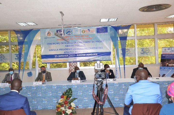 Dans le cadre du projet FORMAR, financé par l'Union Européenne à hauteur d`un milliards de Francs CFA soit 1,5 million d`euros, l'Institut de Sécurité Maritime Interrégional (ISMI), a procédé au lancement officiel de la première des seize formations planifiées jusqu'en 2024 ce lundi 25 janvier 2021 à Abidjan